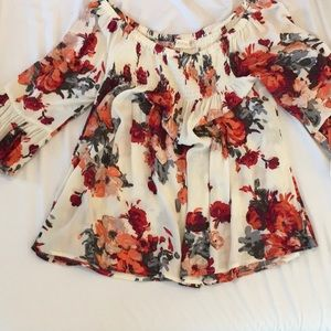 Floral off the shoulder Altar'd State shirt.